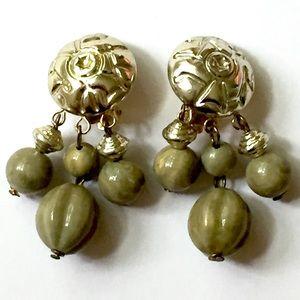 Vintage Green Dangle Earrings Clip On